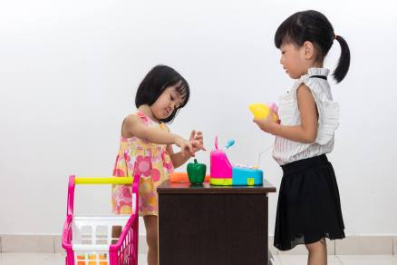 Kids-playingstore